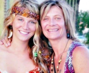 Ke$ha With Her Mom Pebe Sebert