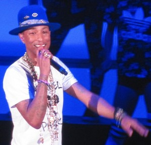 02 Pharrell (1) b