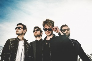 KODALINE band-light sky2
