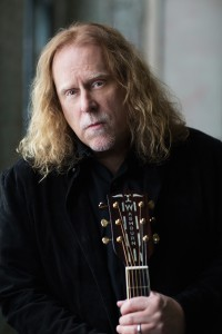 Warren Haynes_PhotoCredit_Danny Clinch_GeneralPress4[1]