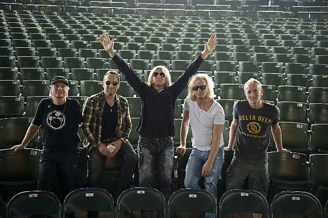 Def Leppard, Styx, And Tesla Rock The L.A. Forum | All Access Music