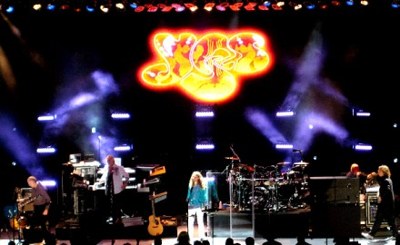 Yes, Toto, & Patrick Sieben At The Greek