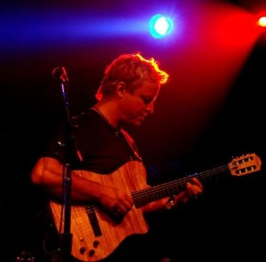 Steve Oliver - live shot 3
